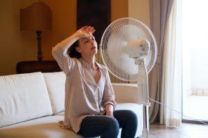 woman-before-fan